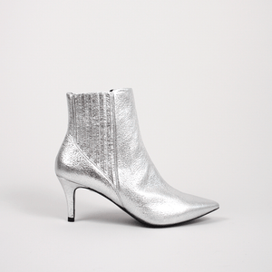 GORDANA SILVER CHELSEA POINTED BOOTS