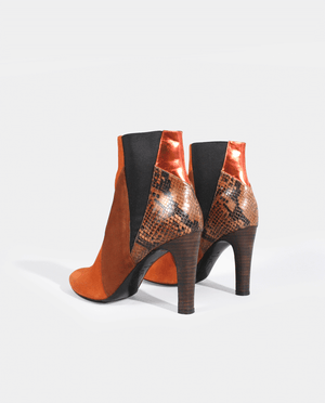 BOTTINES BOOTS FEMME TALON PATCHWORK CUIR CAMEL COGNAC MARRON ORANGE PYTHON GORDANA MIA  cognac brandy suede leather orange mirror effect leather brown python patchworks woman boots