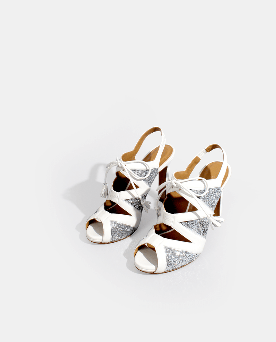 CHAUSSURES DE MARIÉE MARIAGE SANDALES À TALON GRAPHIQUE BLANC ARGENT GORDANA WEDDING SHOES BRIDAL WHITE AND SILVER SANDALS