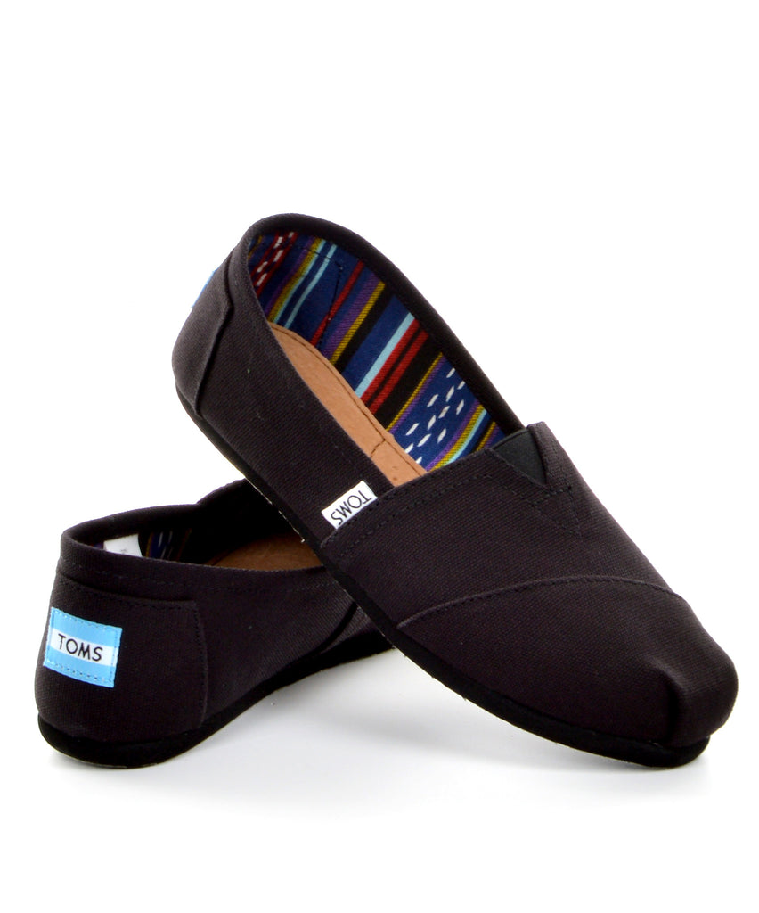 TOMS Classic - Black on Black