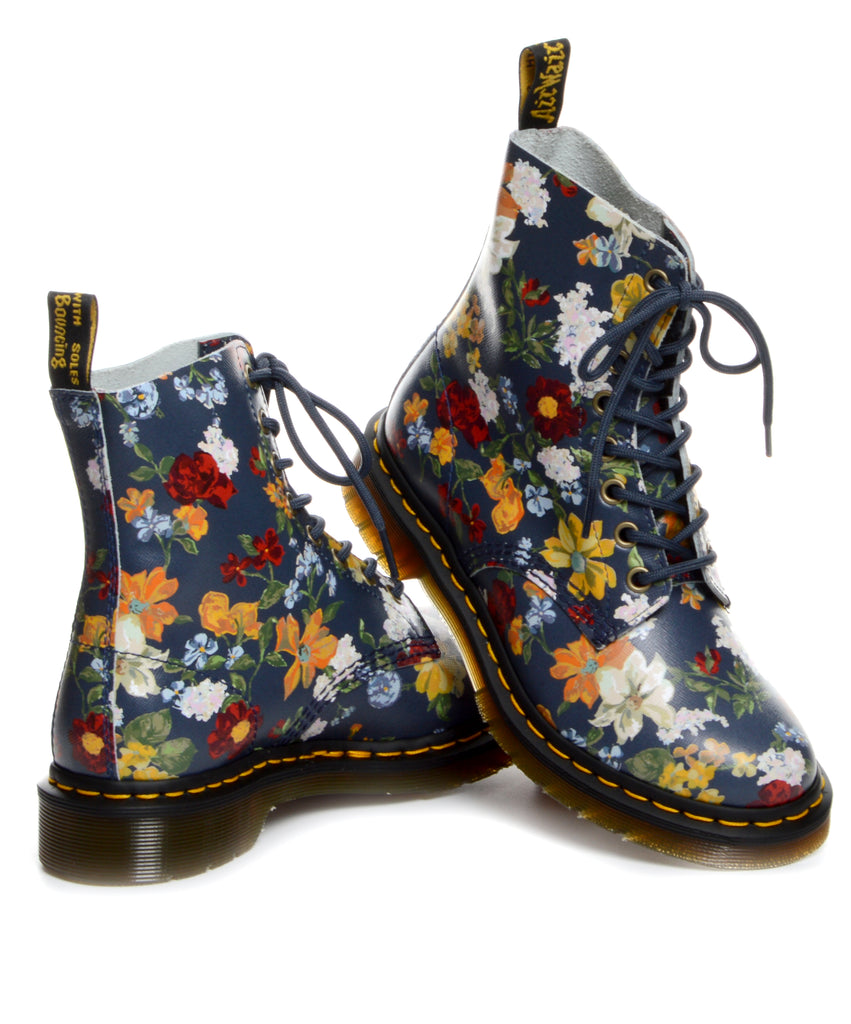 Dr Martens - Darcy Floral Pascal – Vintage   Contemporary Clothing ... 19355daf4