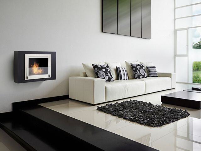 Indoor wall hung ethanol fireplace