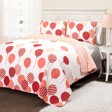 Flying Balloon Quilt by Lush Decor