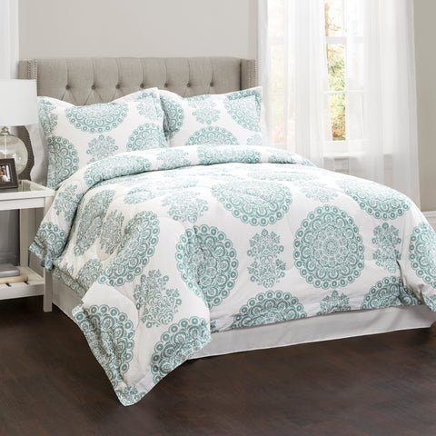 Evelyn Medallion Comforter Set