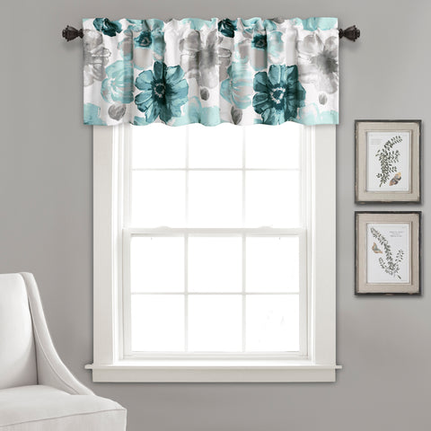Leah Valance by Lush Decor