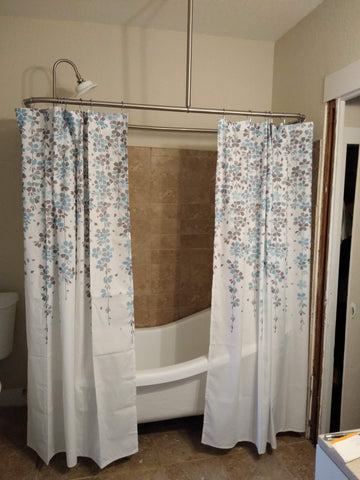 Weeping Flower Shower Curtains by Lush Decor on a claw foot tub