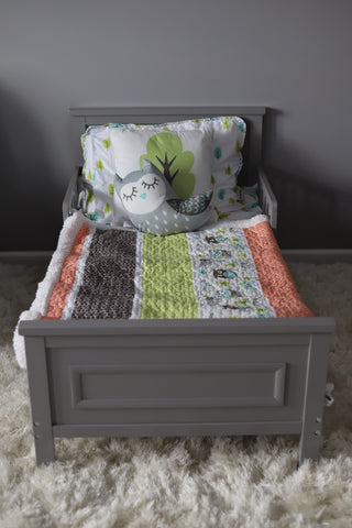 Owl Stripe Sherpa Throw & Matching Quilt Set, photo by Rachel Norstrom