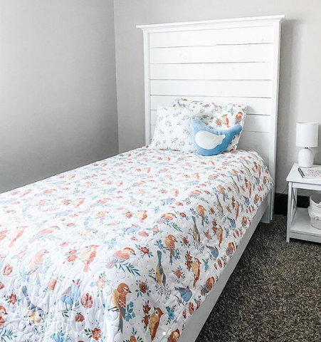 Chirpy Birds Quilt Set by Lush Decor