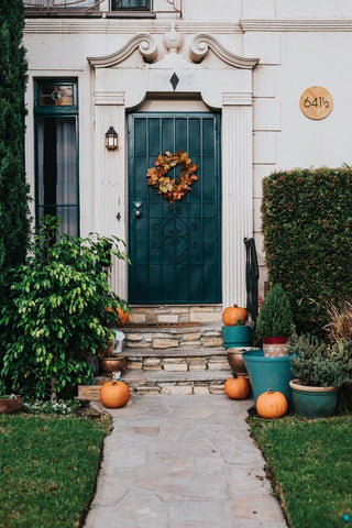 Pumpkins in front entry