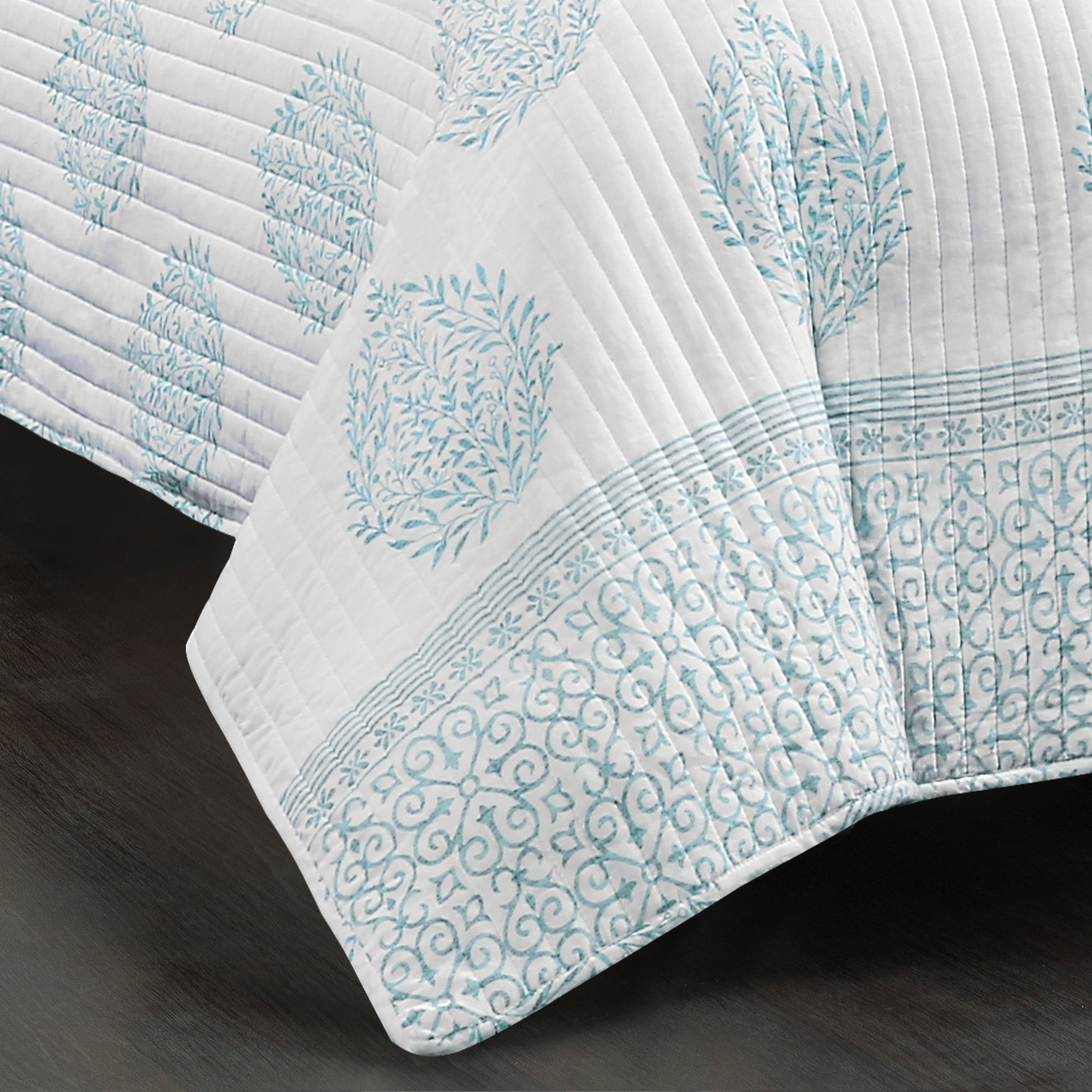 Teardrop Leaf Quilt 3 Piece Set