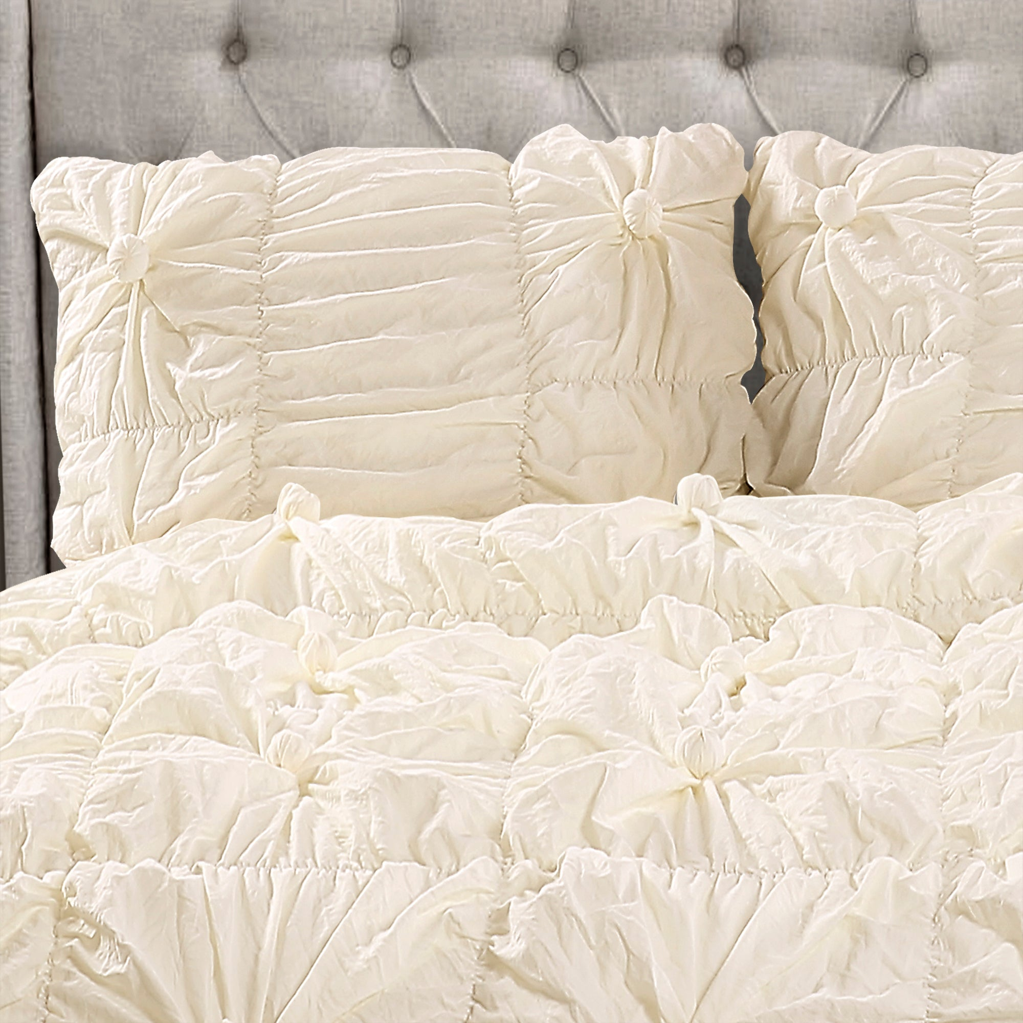 Bella 3 Piece Shabby Chic Comforter Set