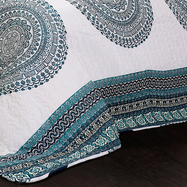 Shaila Medallion Quilt 3 Piece Set