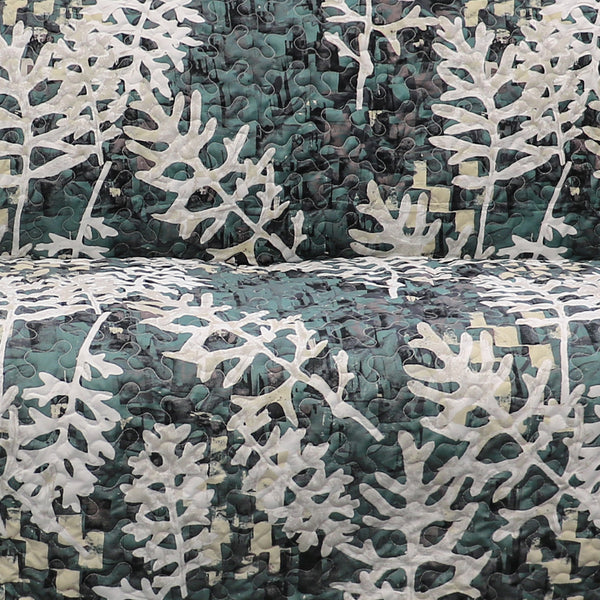 Camouflage Leaves Furniture Protector