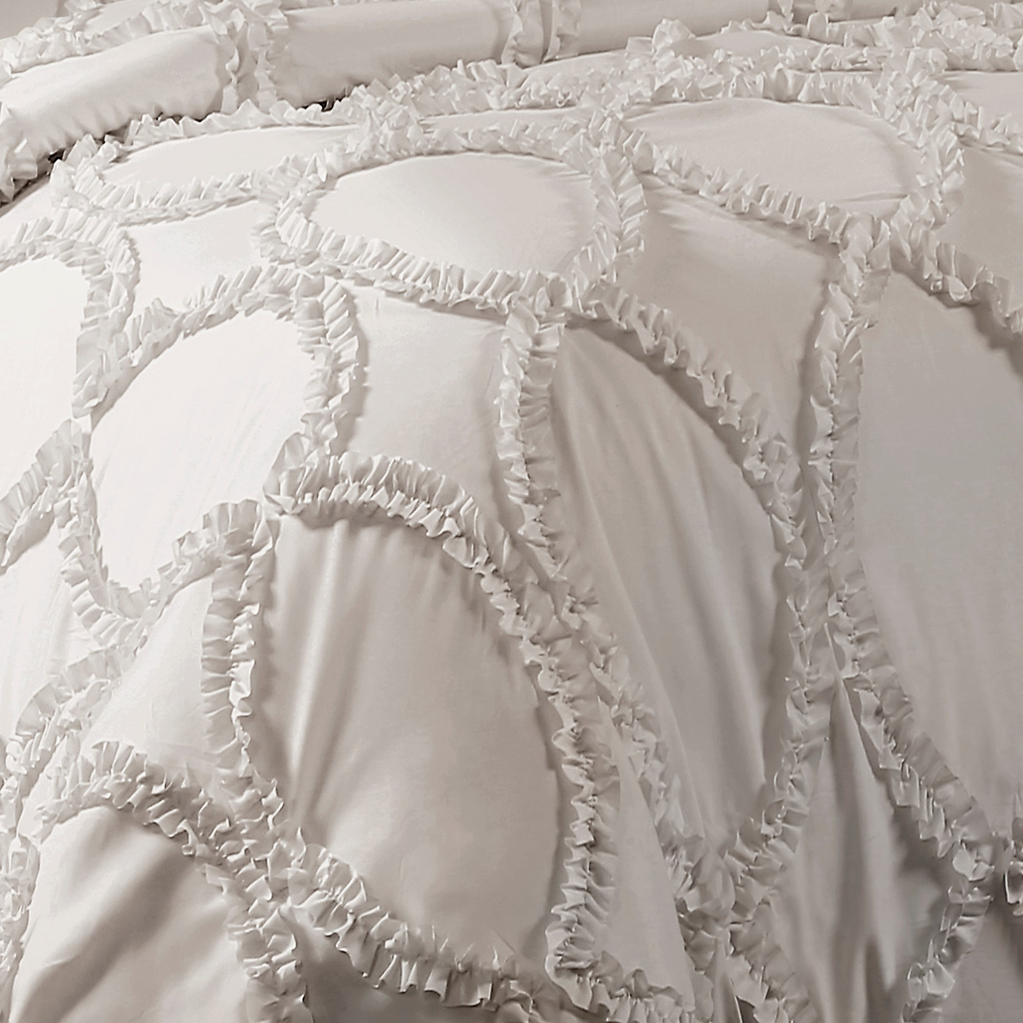 Avon 3 Piece Comforter Set