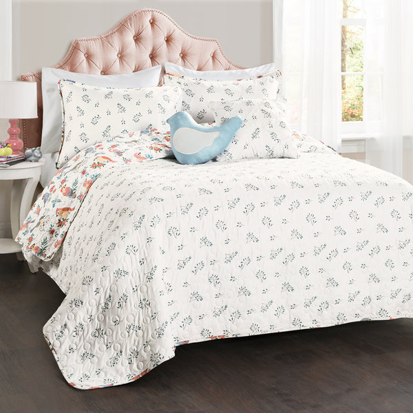 Chirpy Birds Quilt Set