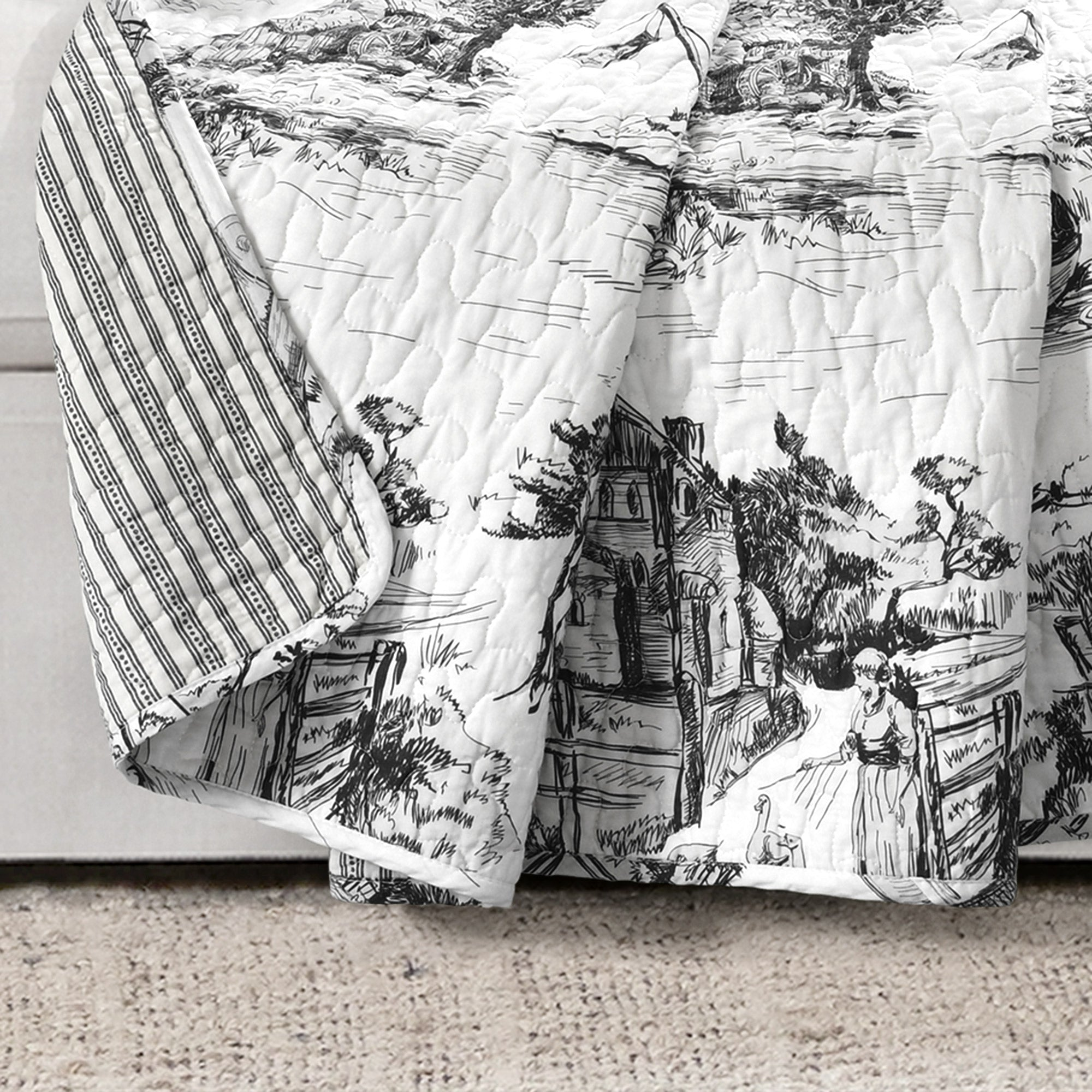 French Country Toile Throw