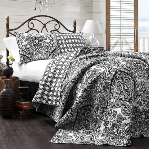 Aubree 3 Piece Quilt Set