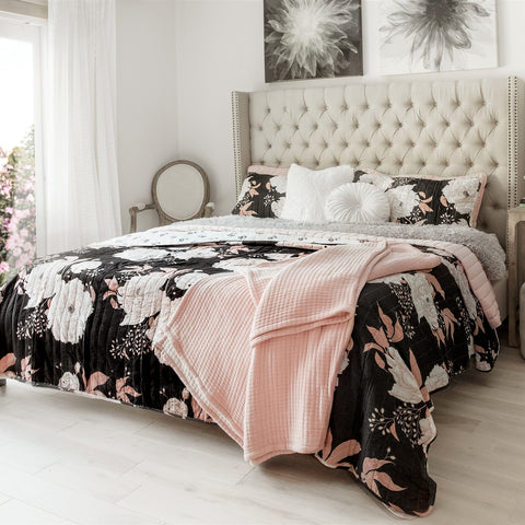 Lush Decor Curated Collection: Modern Floral