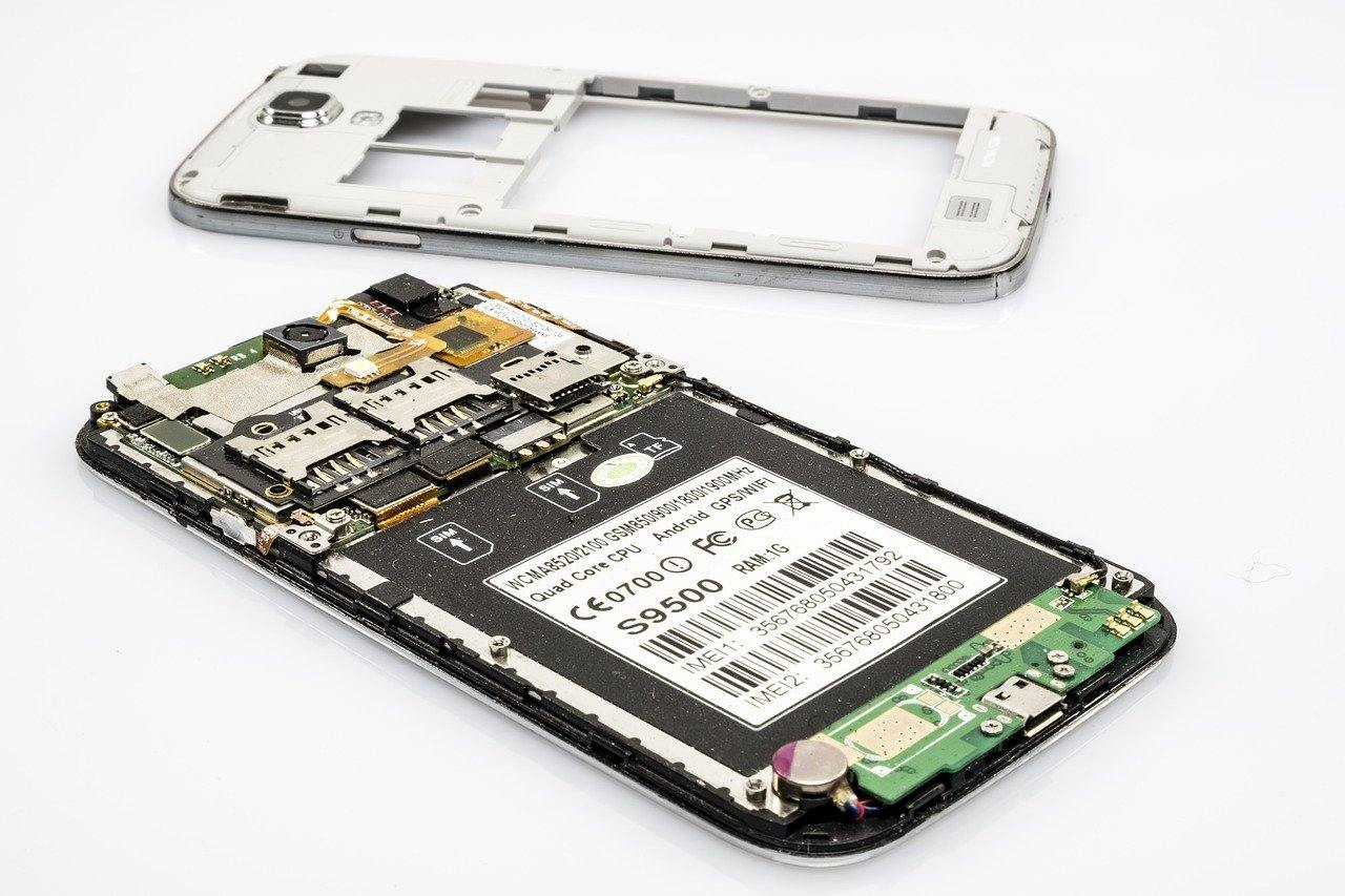 Learn Step By Step How To Fix Your Own Mobile Phones
