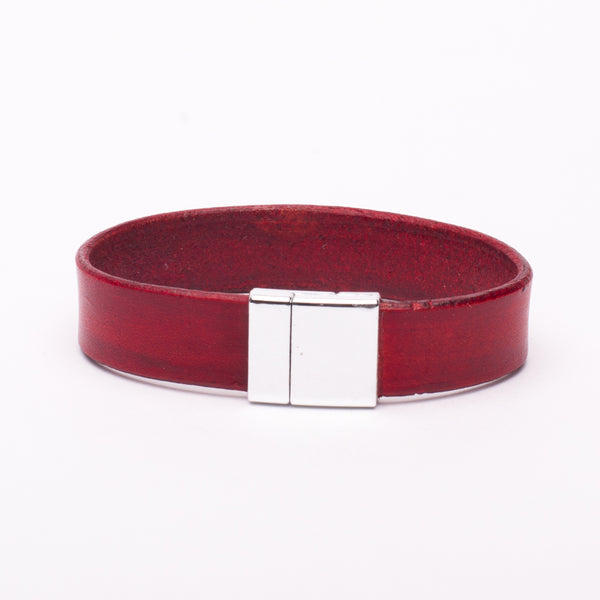 Bracelet Red Leather Silver Magnetic Clasp