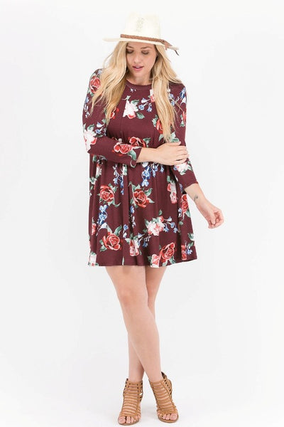 PLUS Floral print swing tunic dress. Keyhole back detail.