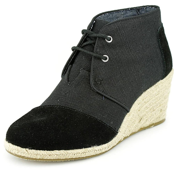 10004884 - Woman Desert Wedge