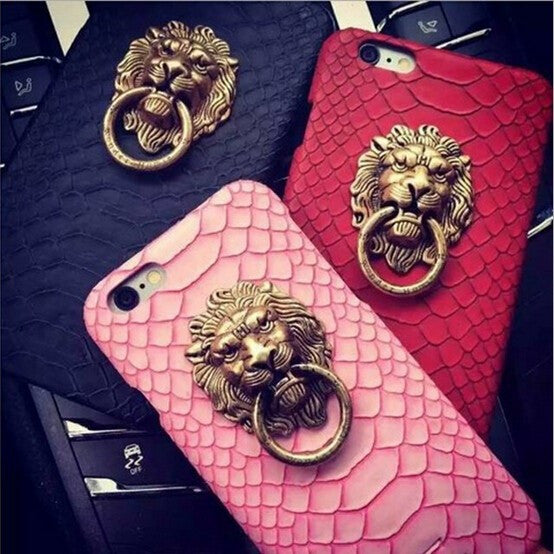 Snakeskin Patterned Lion Head Ring Stand Case