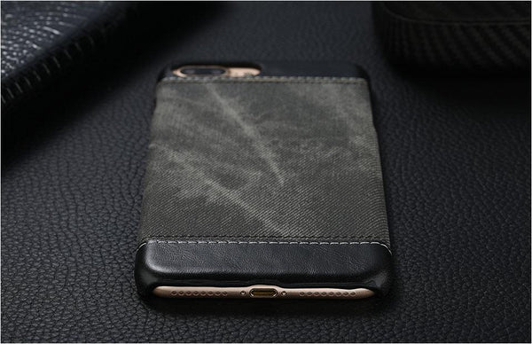 Sleek Leather Case