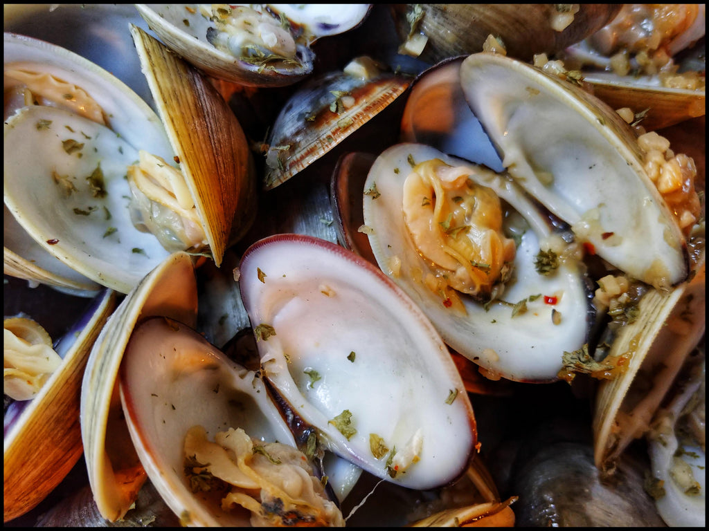 Littleneck Clams with Garlic & Sherry