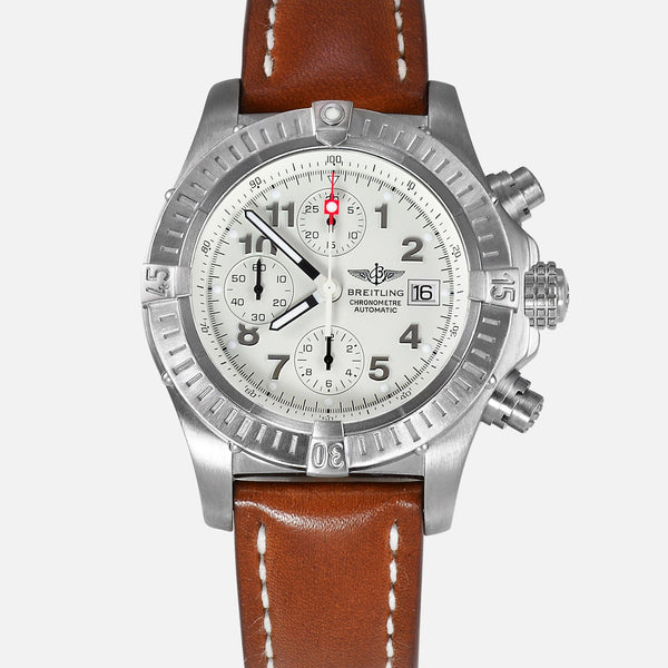 Breitling Chrono Avenger Titanium White Dial Mens Watch E13360 - NeoFashion Store