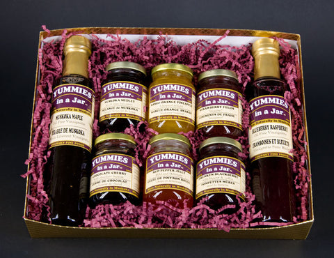 Gift Box with 2 Maple Syrups and 6 Small Jars of Jams