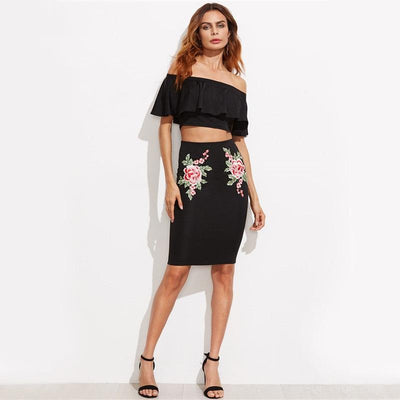 Queen Bee Embroidered Floral Two-Piece Set