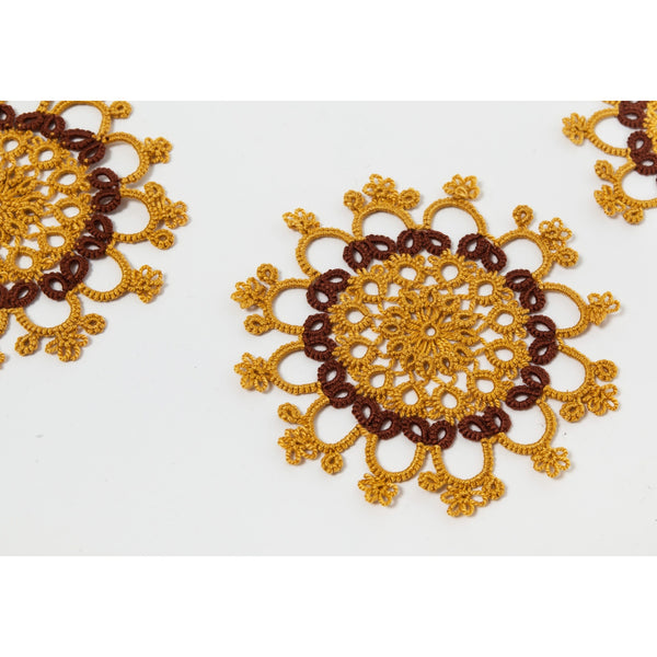 Set of 16+2 Tatted Doilies