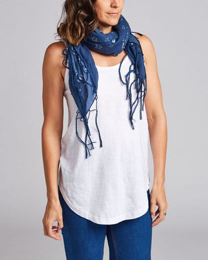 100% cotton fringed scarf