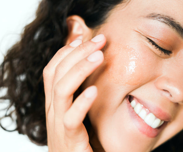Naturally soothing gels and creams can help ease a sunburn