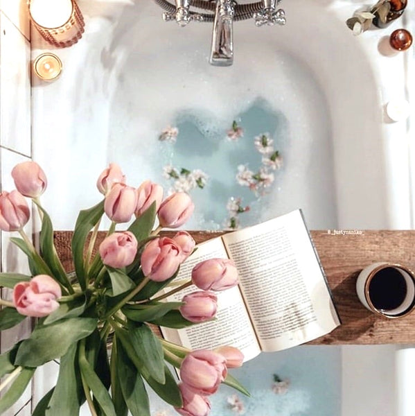 Blue aesthetic bath with tulips