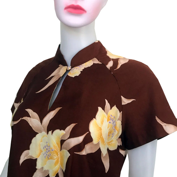 Vintage 1970s Hilo Hattie Hawaiian Print Dress