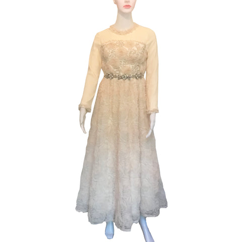Vintage 1970s Antique White Wedding/Formal Dress