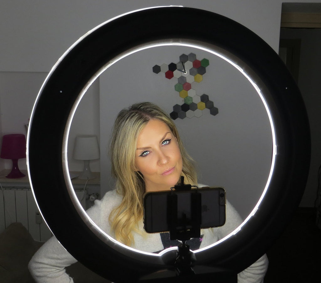 "SOCIALITE 18"" LED iPad Ring Light Kit - Incl. Light, 6ft Stand, iPhone/iPad/DSLR Mount, & Remote"