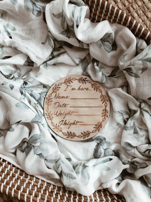 "Wooden ""I'm Here"" Birth Announcement Disc - Tutu Irresistible Boutique"