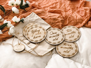Wreath Wooden Month Milestone Discs - Tutu Irresistible Boutique