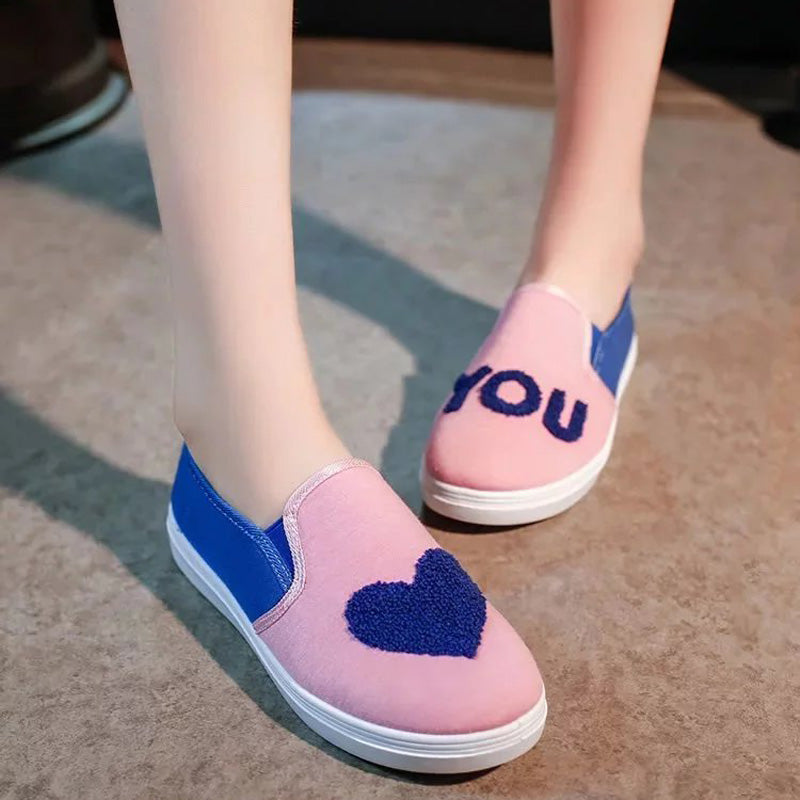 Canvas Mixed Color Round Toe Flat Heel Heart Patten Loafers