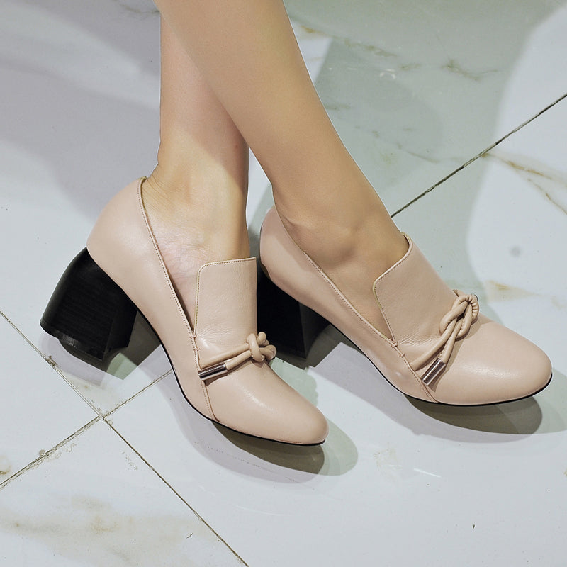 Head Layer Cowhide Round Toe High Block Heel Knot Embellished Pumps