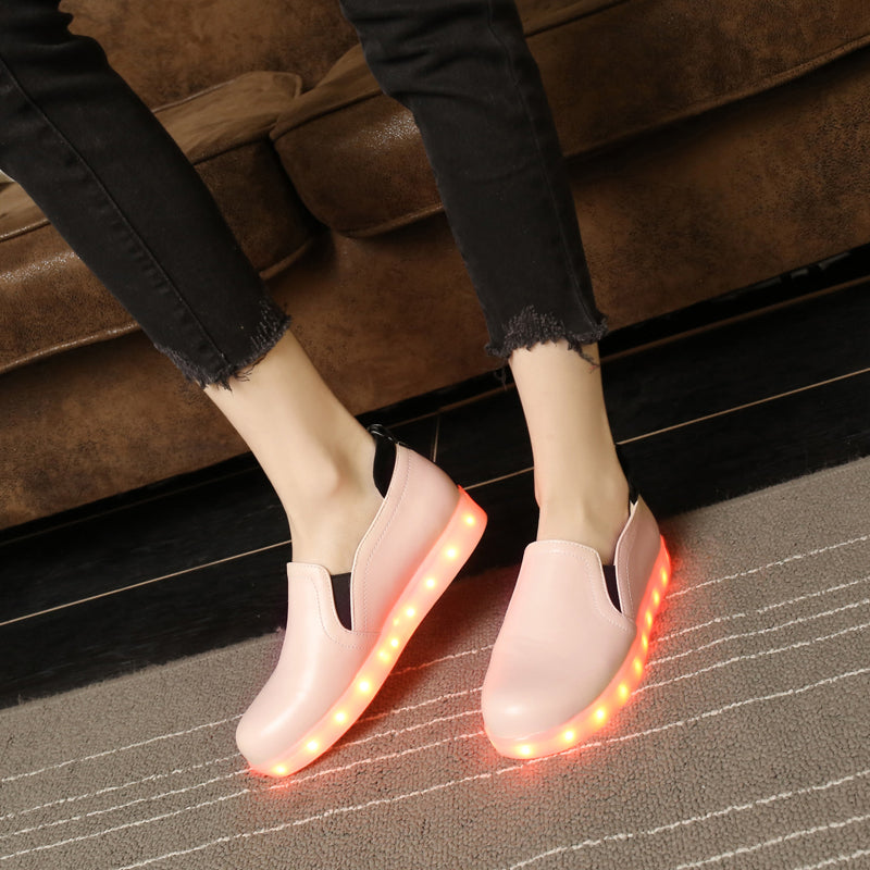 PU Round Toe Flat Heel 7 Colors Led Light Loafers