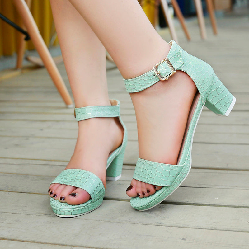 PU Pure Color Open Toe Block Heel Ankle Strap Plaid Lines Sandals