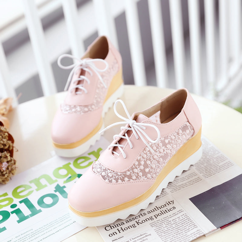 PU Pure Color Platform Wedge Heel Hollow Carved Lace Up Casual Shoes