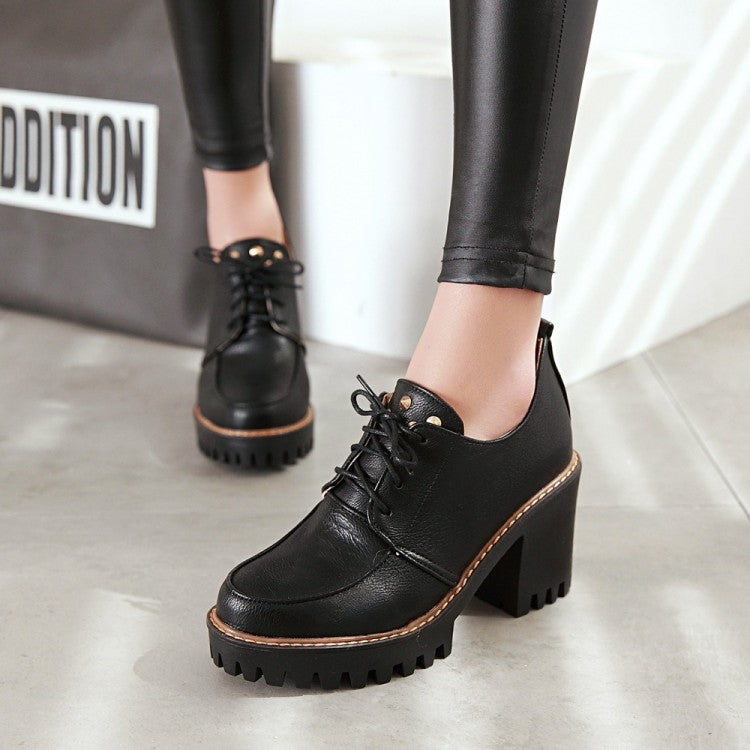 Round Toe Block Heel Lace Up Rivet Platform Ankle Boots