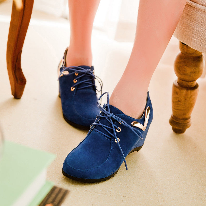 Suede Pure Color Round Toe Hidden Heel Lace Up Side Metal V Ankle Loafers