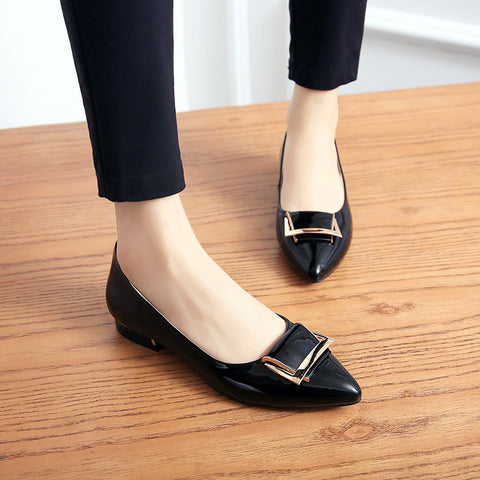 PU Pure Color Pointed Toe Metal Decoration Flat Heel Court Shoes 8.5 Black