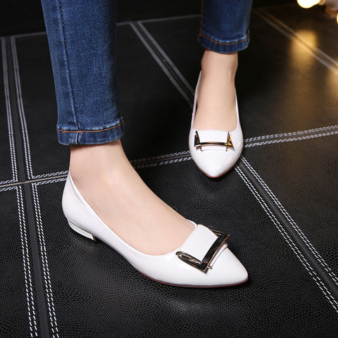PU Pure Color Pointed Toe Metal Decoration Flat Heel Court Shoes 9.5 White